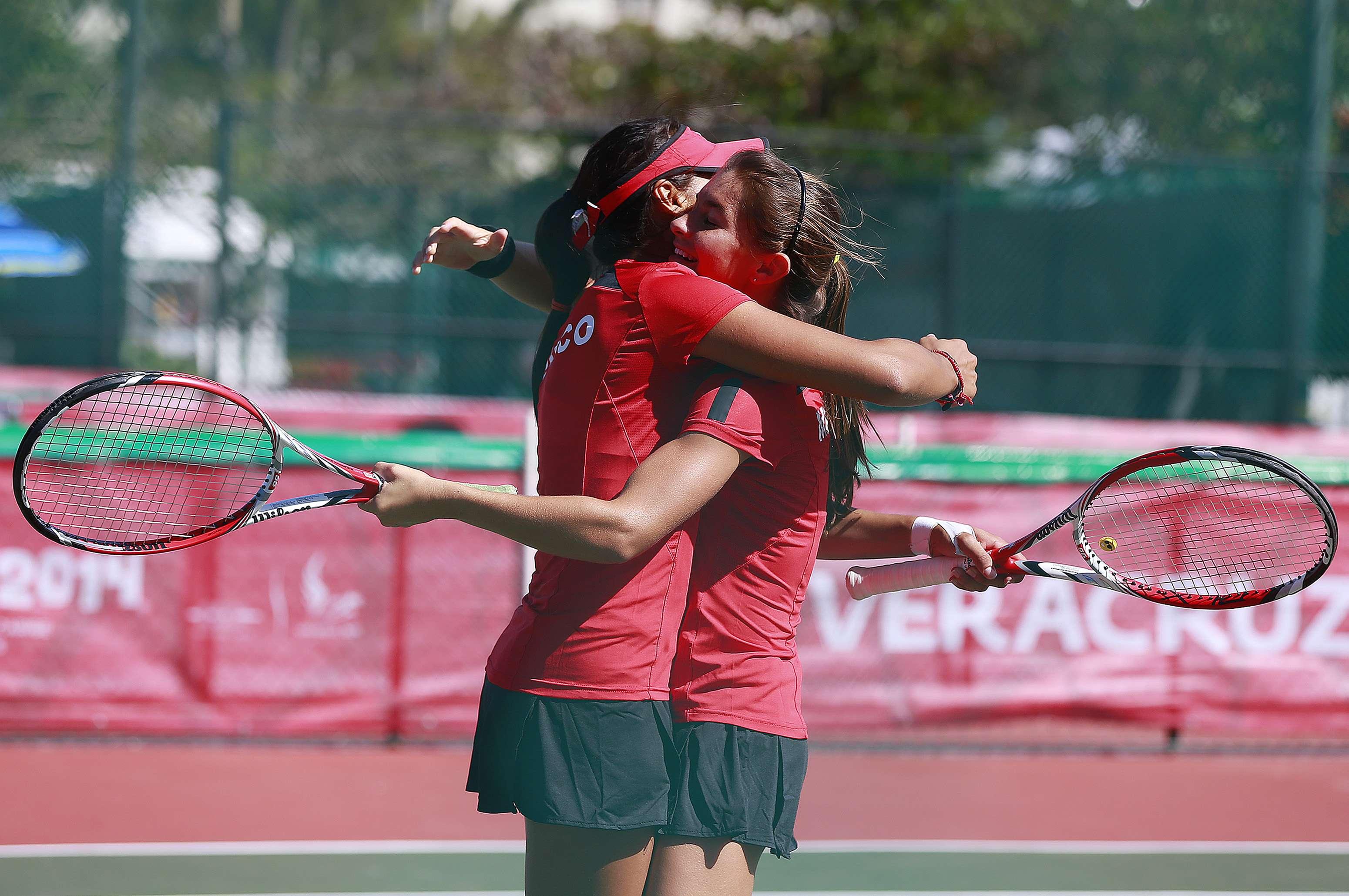 Oro para México en tenis dobles femenil. Foto: Jammedia