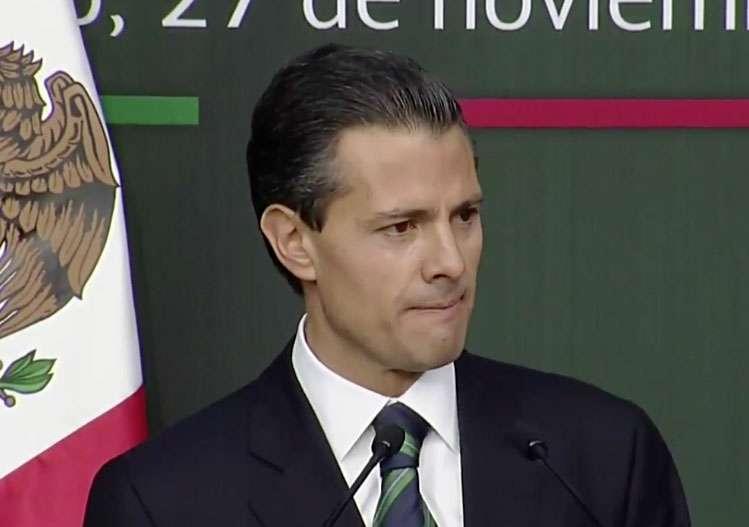Enrique Peña Nieto reconoció fallas en el sistema de seguridad municipal y presentó iniciativas para unificar policía. Foto: Presidencia de México