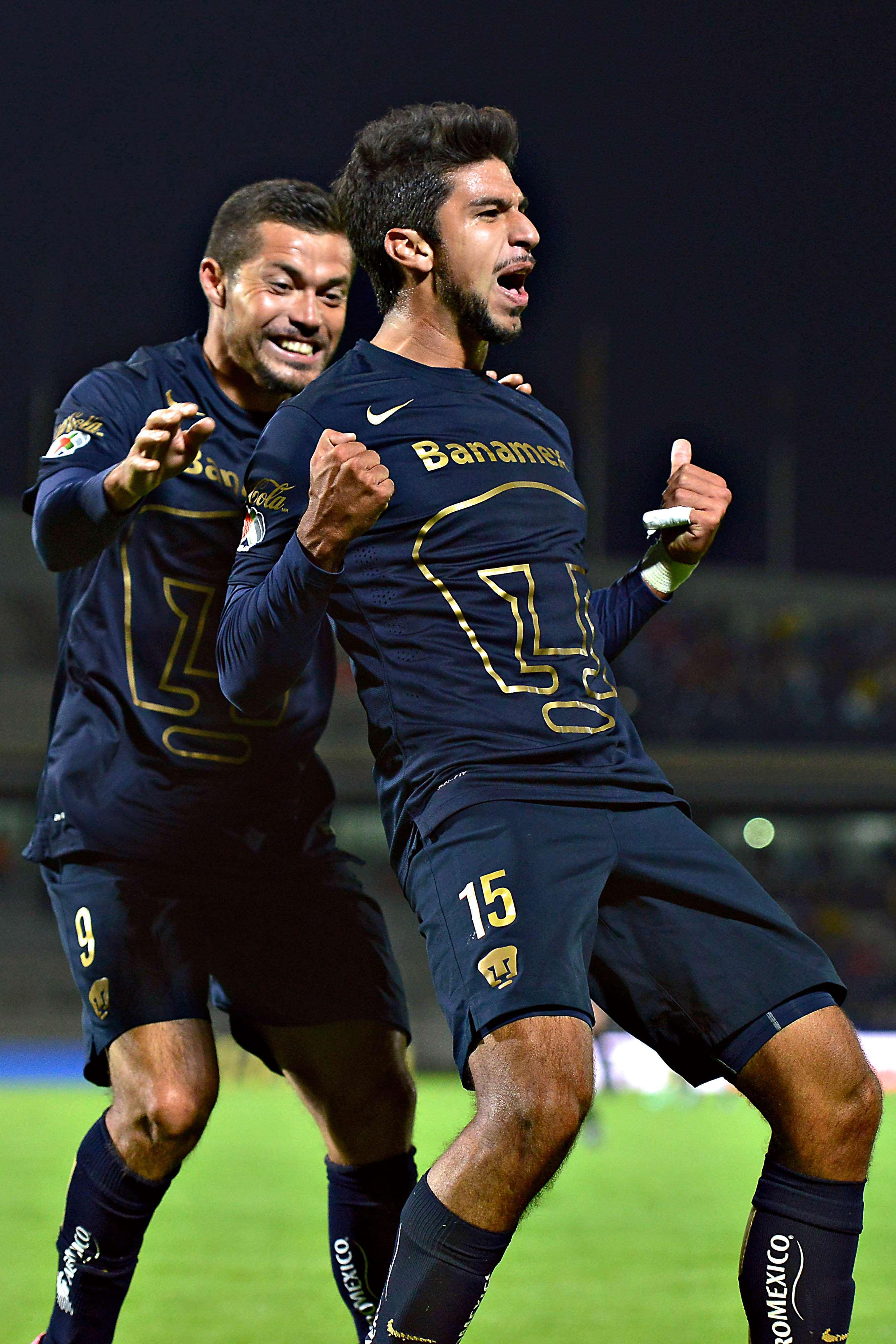 Eduardo Herrera y su festejo por el gol ante América en CU. Foto: Mexsport