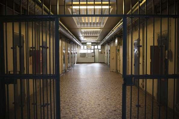El profesor recibió la cadena perpetua por mutilar a menor Foto: Getty Images
