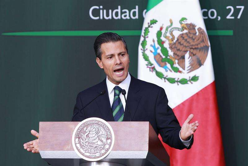 El semanario publicó una editorial en la que hace un análisis de las medidas que presentó el presidente. Foto: EFE en español
