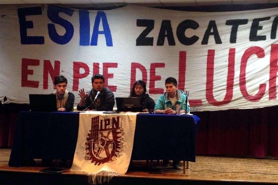 Estudiantes de la Escuela Superior de Ingeniería y Arquitectura (ESIA) Unidad Zacatenco proponen que en enero se regrese a clases. Foto: Arcelia Maya/Reforma