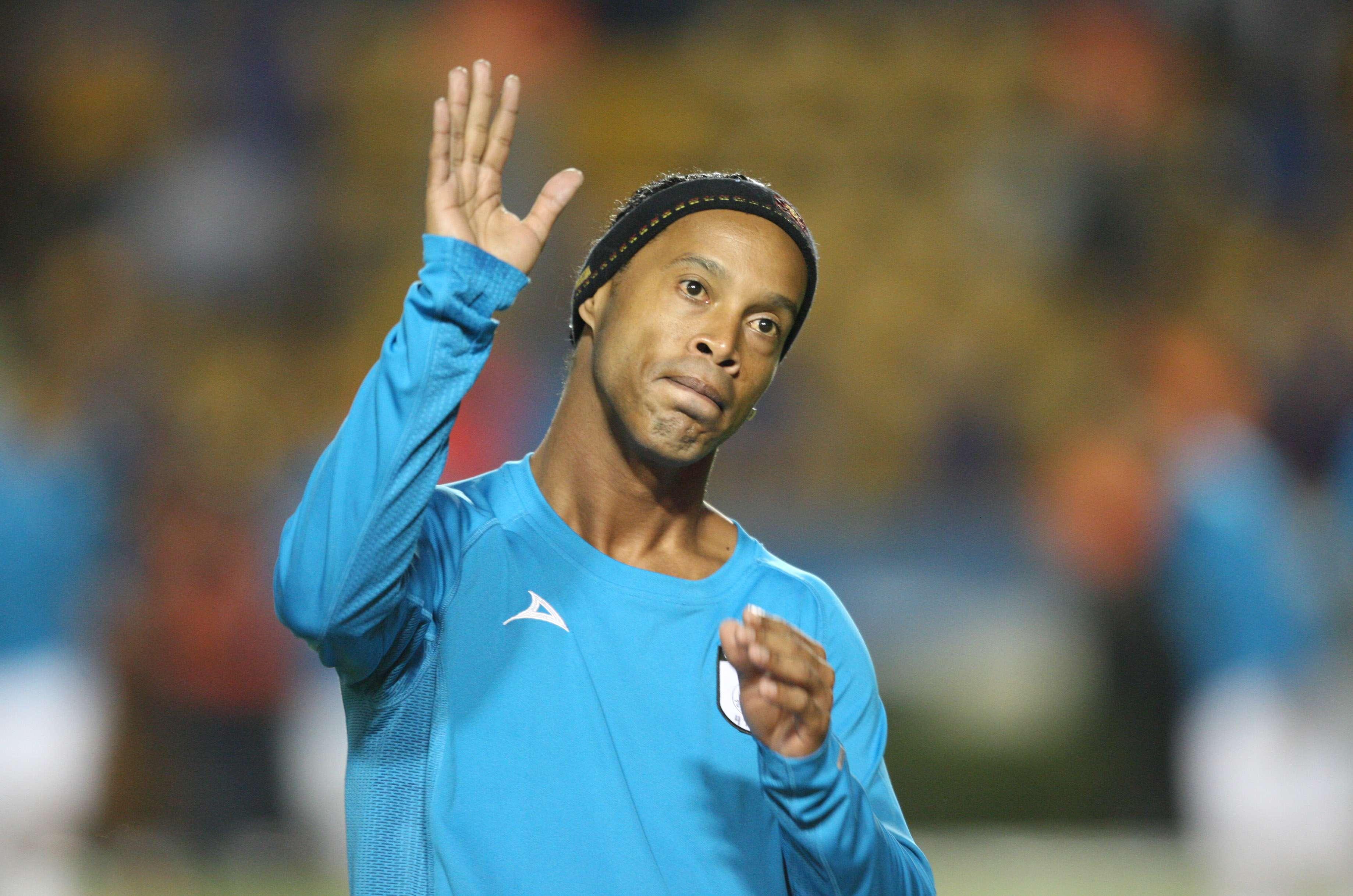 Ronaldinho y los brasileños llaman 'Chaves' al 'Chavo del 8'. Foto: imago7