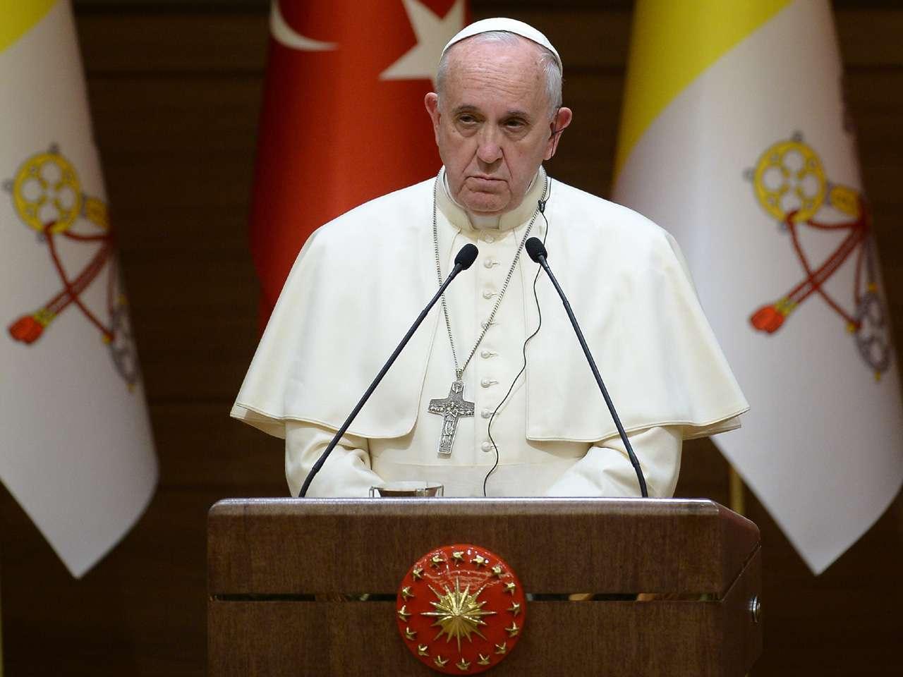 La visita de tres días dará al Pontífice la posibilidad de encontrarse con la pequeña comunidad cristiana del país. Menos de un 1 por ciento de la población turca es católica Foto: AFP en español