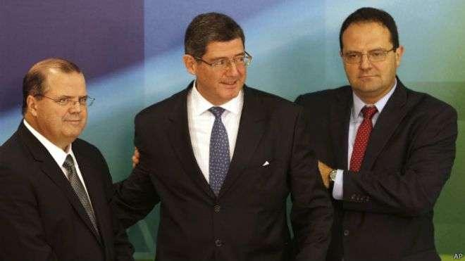 'Economist' engrossa coro dos críticos para quem programa econômico de Dilma se assemelha ao de Aécio Foto: AP
