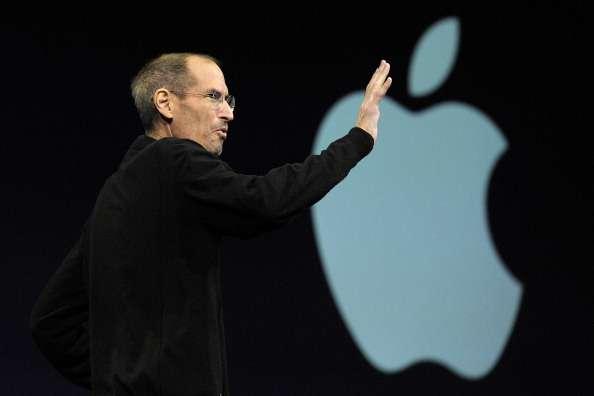 Muchos insisten en que Steve Jobs no era realmente un inventor, sino alguien que tomaba algo que ya existía y que tenía la visión para añadirle un par de cosas o hacer algunas modificaciones que lo hicieran más atractivo. Foto: Getty Images