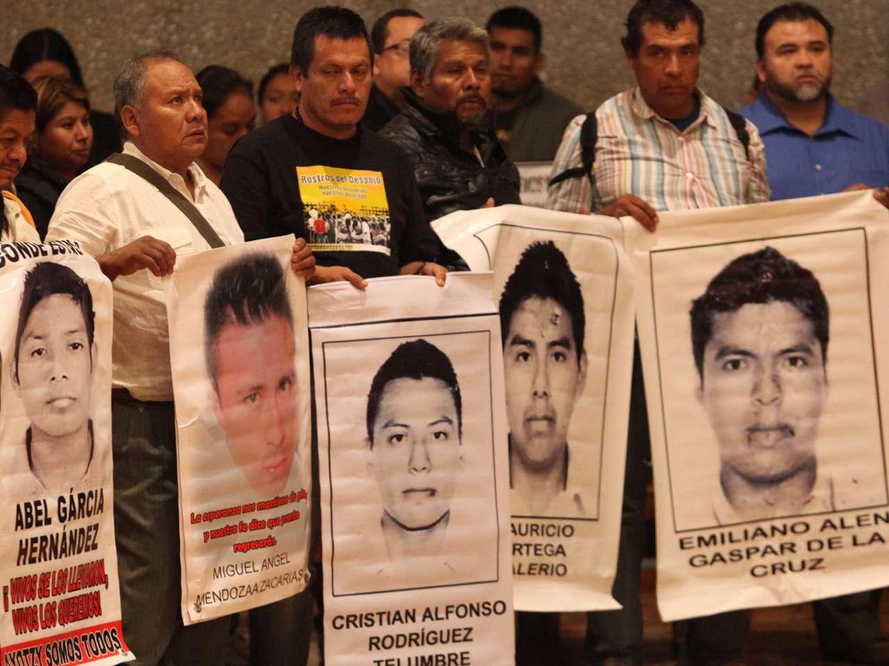 Caso Ayotzinapa, ofician misa por normalistas y Julio César Mondragón Foto: Terra