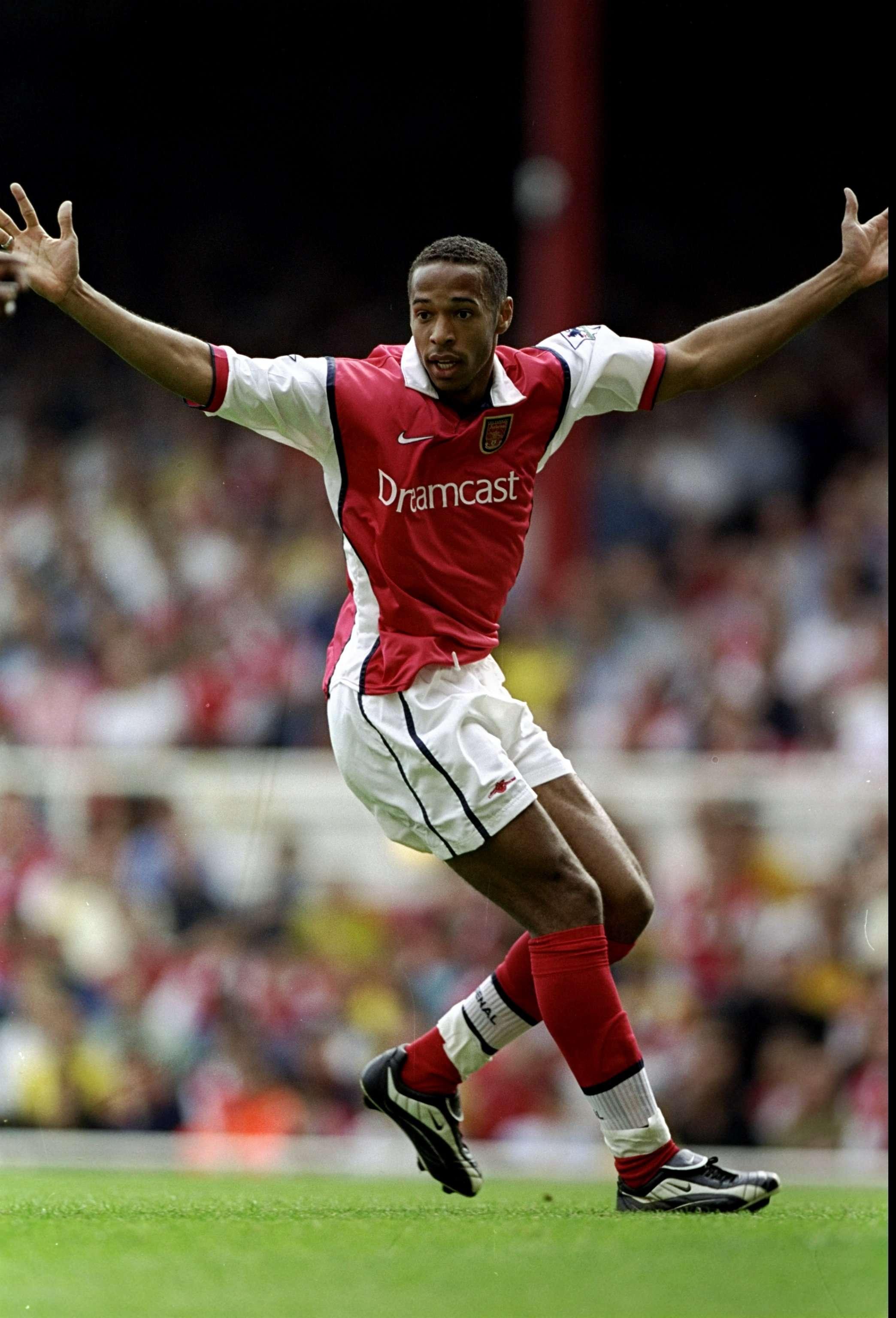Thierry Henry, que pasó por equipos como el Mónaco, Juventus, Arsenal, el Barcelona o su último club, los New York Red Bulls, anunció su retirada. Foto: Getty Images