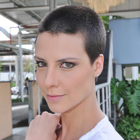 Camila Rodrigues passou por transformação radical e raspou o cabelo para viver personagem egípcia Foto: Munir Chatack