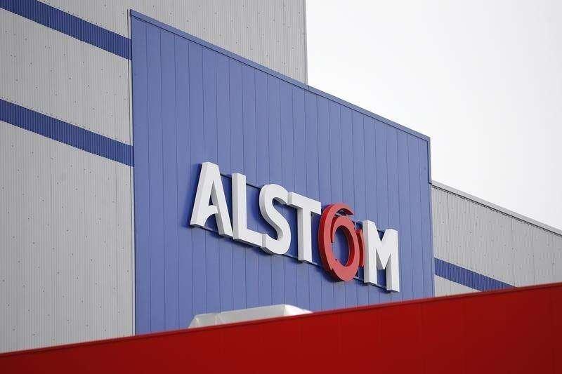 Logotipo da Alstom durante visita inaugural a instalações na França. 02/12/2014 Foto: Stephane Mahe/Reuters