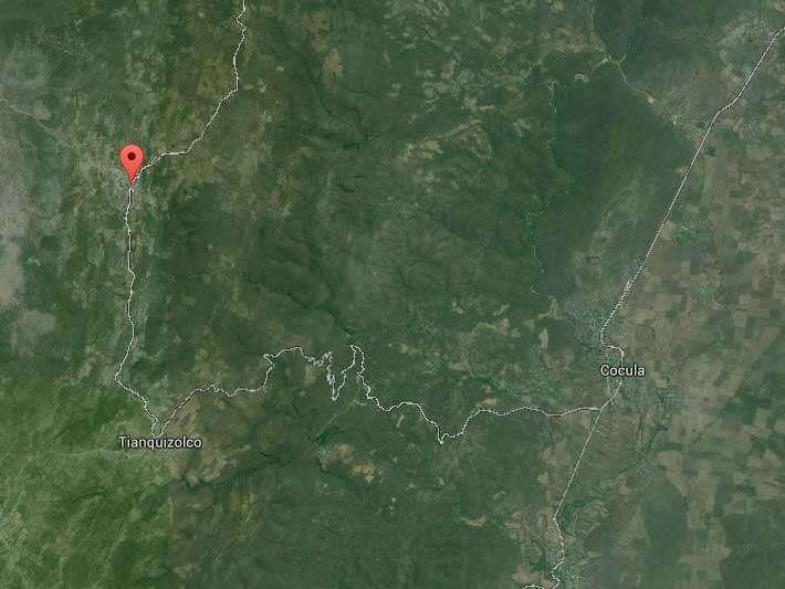 Chilacachapa se ubica a 37 kms de Iguala, donde desaparecieron los normalistas, y a 15 kms del basurero de Cocula, donde según la versión de PGR fueron asesinados e incinerados. Foto: Google Maps