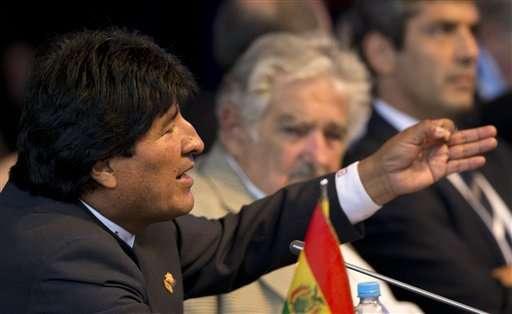 Morales comunicó que Bolivia incautó en este año 21 toneladas de cocaína y 172 toneladas de marihuana. Foto: AP en español