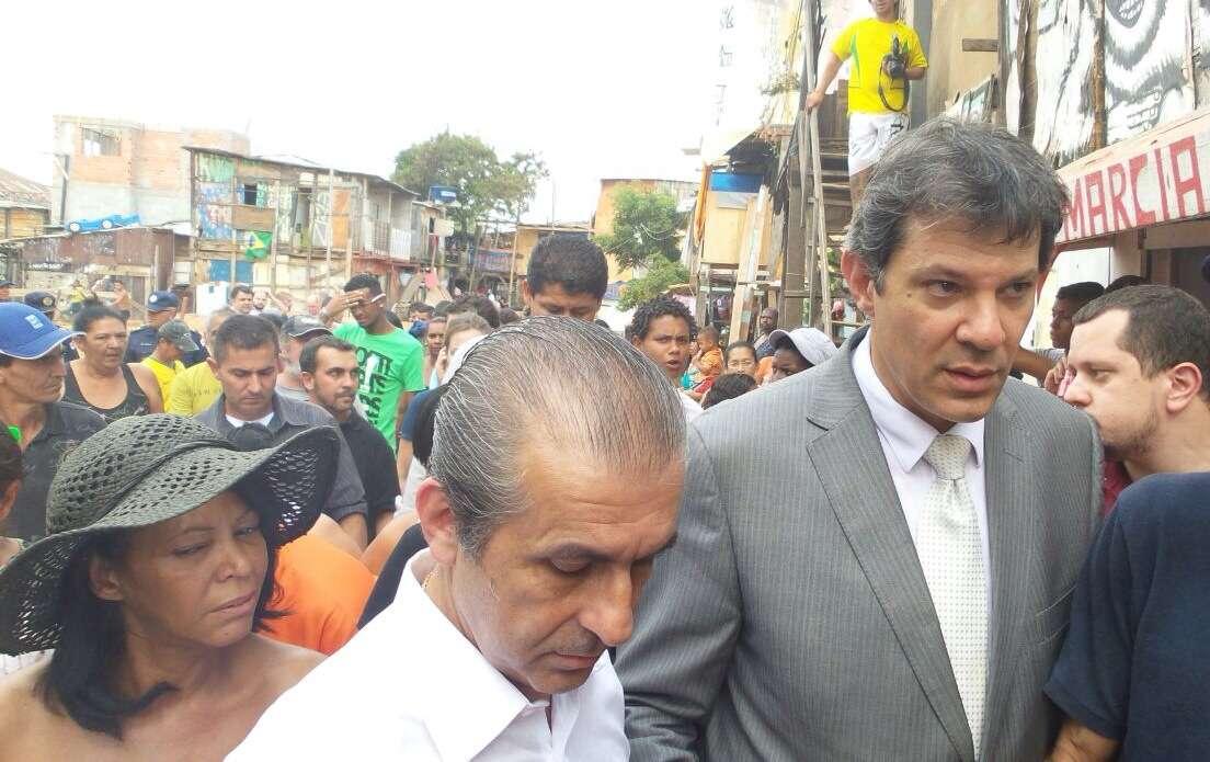O prefeito de São Paulo, Fernando Haddad (direita) e o secretário municipal de Habitação, José Floriano de Azevedo Marques Neto Foto: Débora Melo/Terra