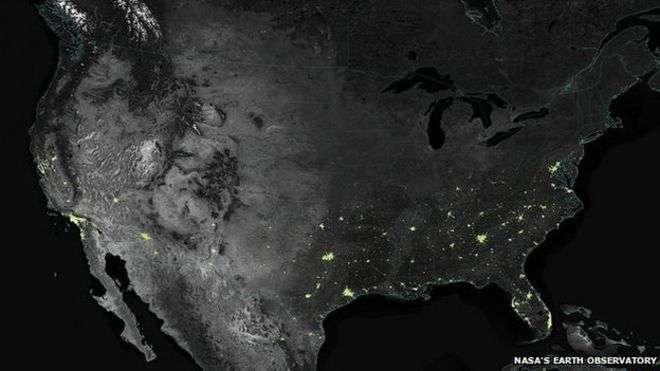 La cantidad de luz de los centros urbanos tiende a aumentar entre un 20 y 30% y entre un 30 y un 50% en las periferias Foto: NASA