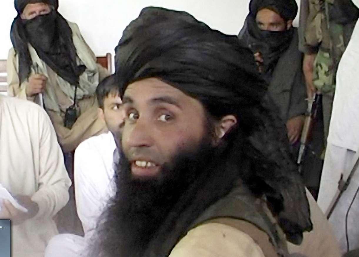 Fazlullah aparece como figura carismática, mais interessado em publicidade do que no combate Foto: The Independent/Reprodução