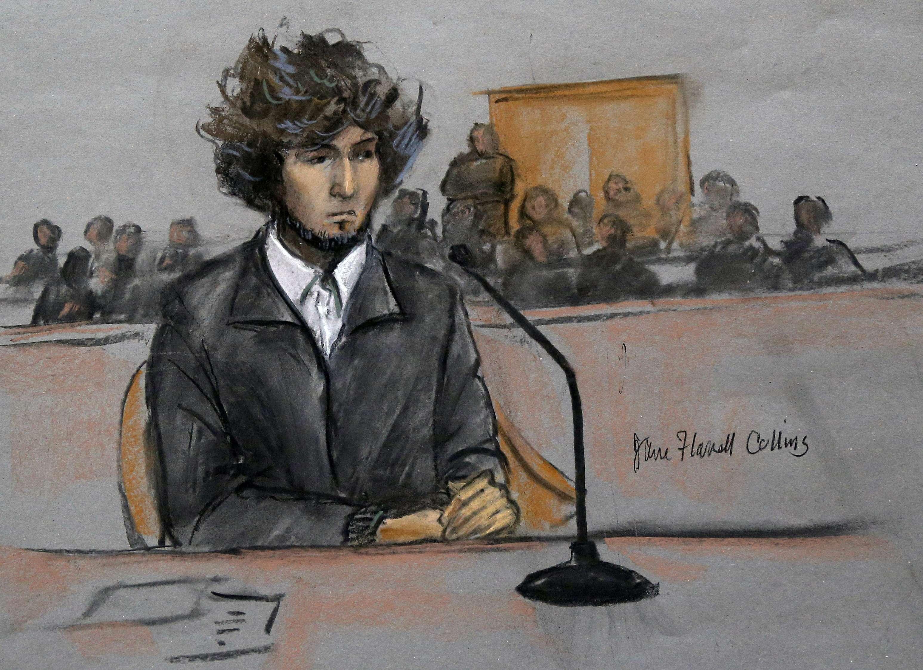 Boceto de una corte federal en el que aparece el sospechoso de colocar bombas en el maratón de Boston Dzhokhar Tsarnaev en Boston, el jueves 18 de diciembre de 2014. Foto: AP en español