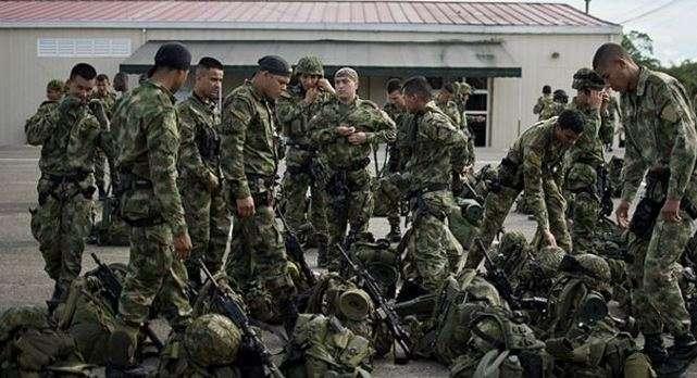 Aún no se ha confirmado si el grupo armado que atacó a soldados colombianos pertenece a las FARC. Foto: AFP en español
