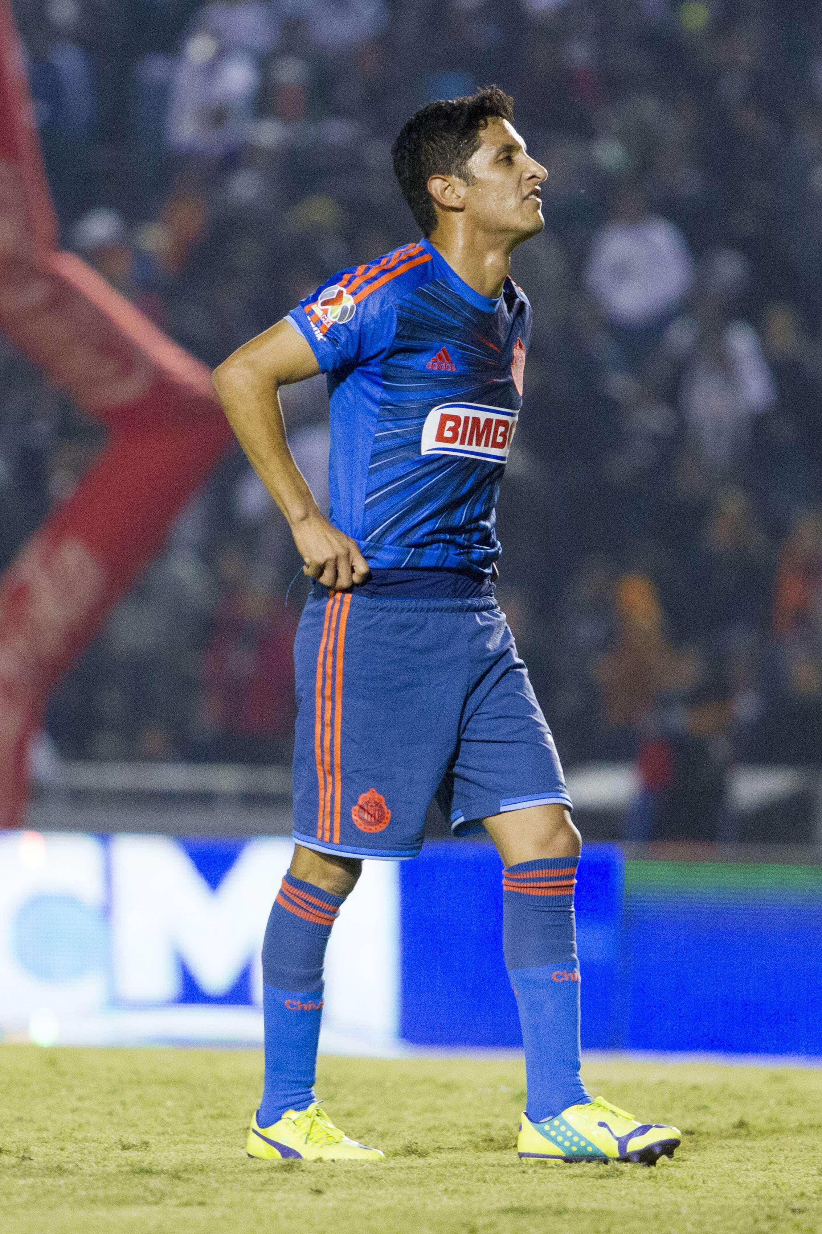 Reyna no marcó un solo gol con Chivas. Foto: Mexsport