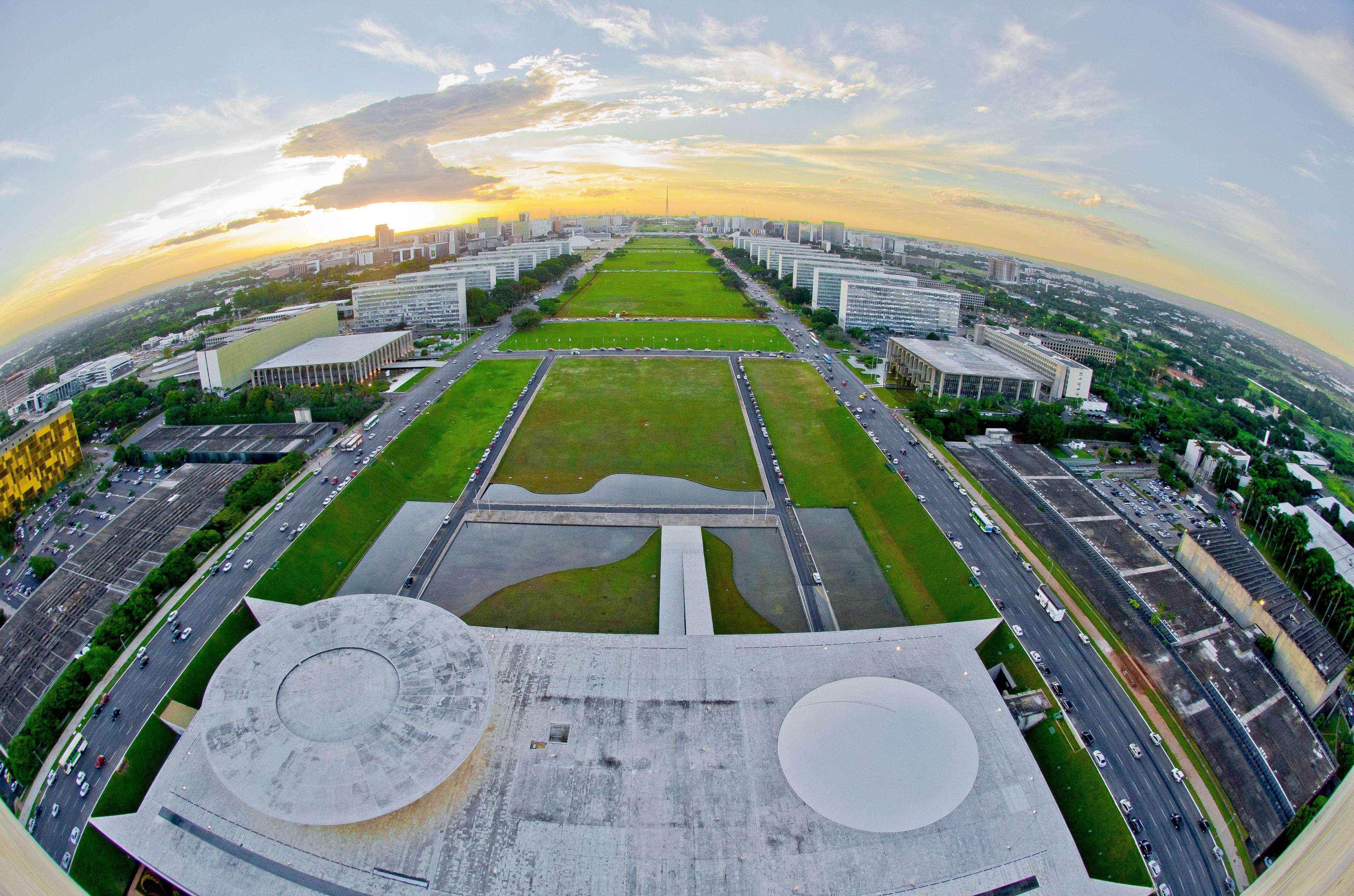 Esplanada dos Ministérios, em Brasília Foto: Ana Volpe/Senado