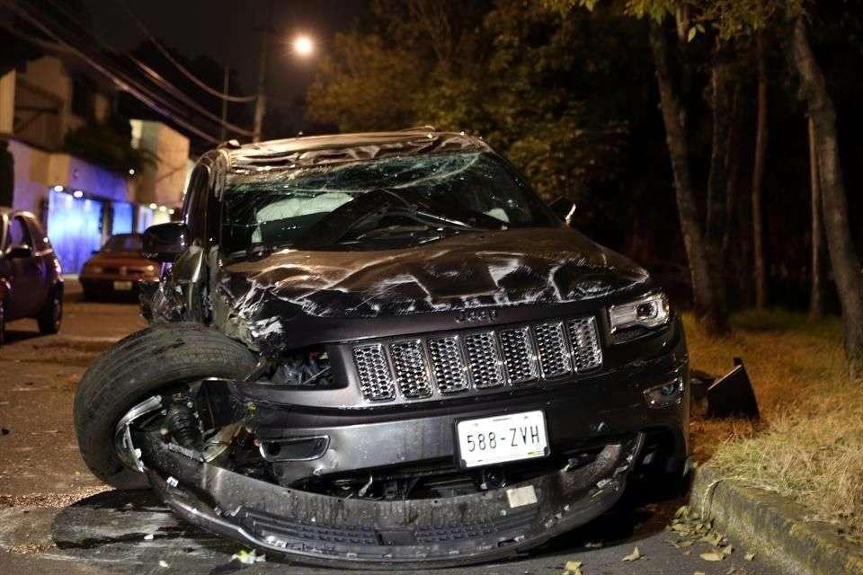 El funcionario estrelló su camioneta en Bulevar de la Luz, la madrugada del miércoles. Foto: Ricardo Moya/Reforma