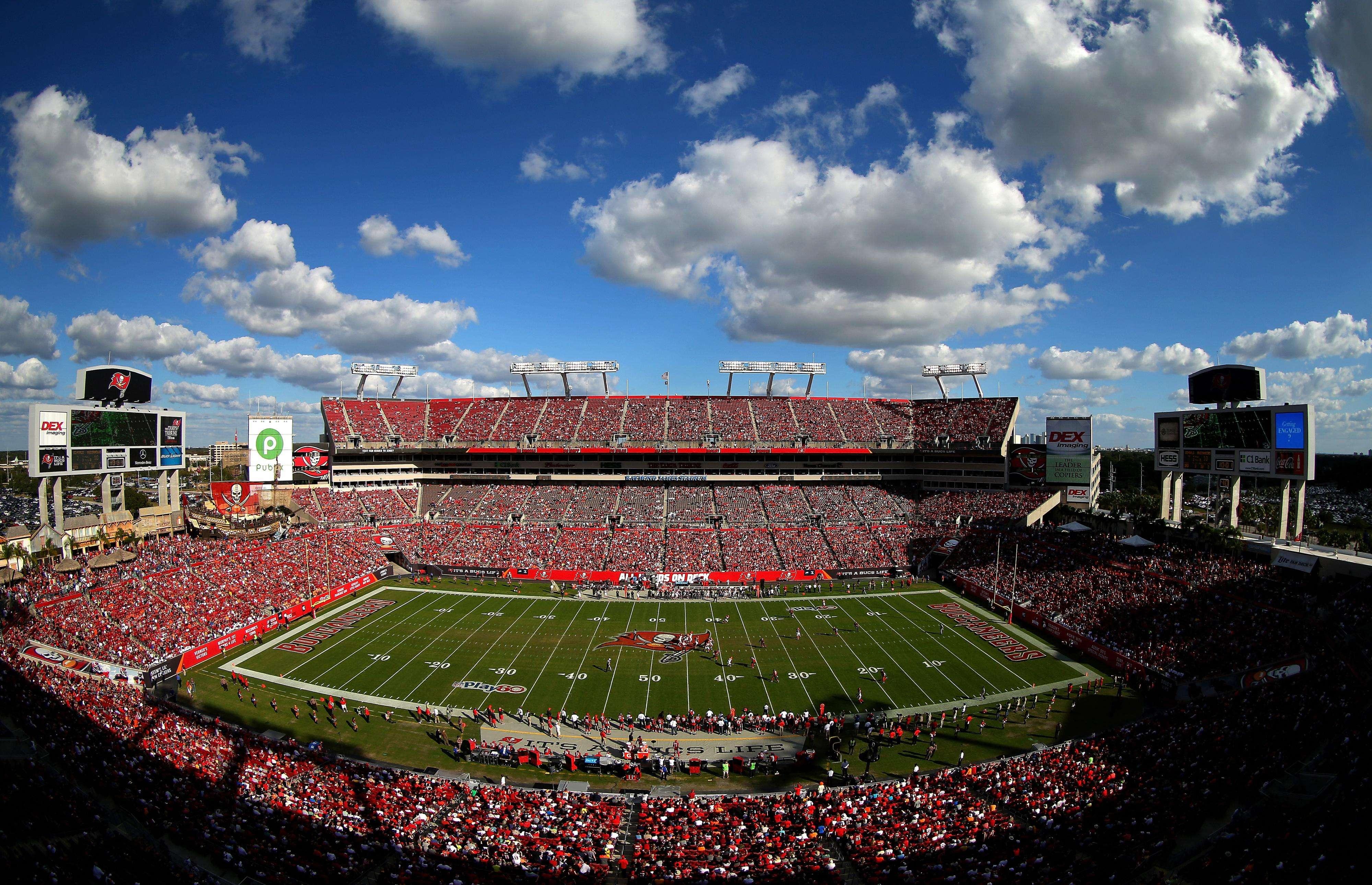 El estadio Raymond James Stadium de Tampa Bay fue el lugar en donde cayeron los relámpagos Foto: Gettyimages