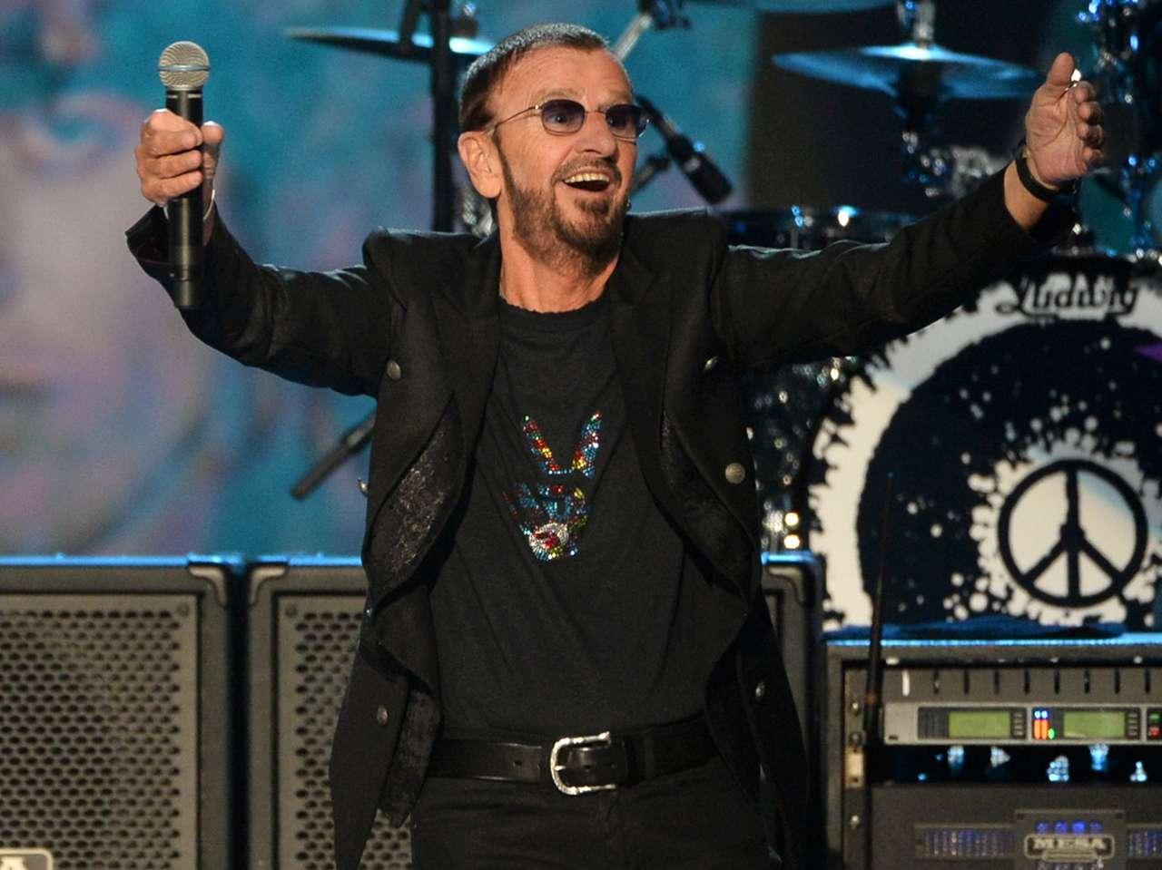 Los conciertos de Ringo Starr se caracterizan por presentar un popurrí de temas de The Beatles, sus éxitos como solista, además de dar espacio a cada uno de sus músicos para demostrar el virtuosismo que poseen con su instrumento. Foto: Getty Images