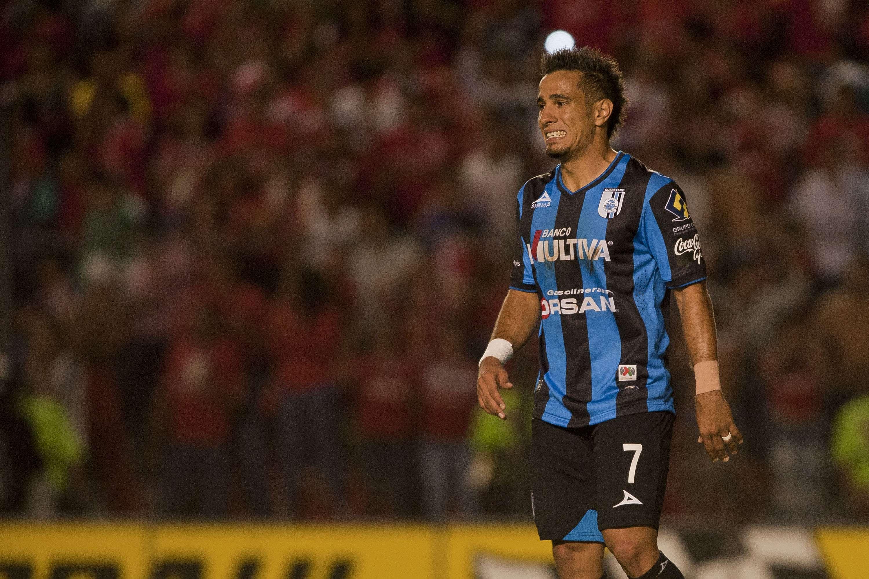 Sanvezzo no podrá defender su título de goleo. Foto: Imago7