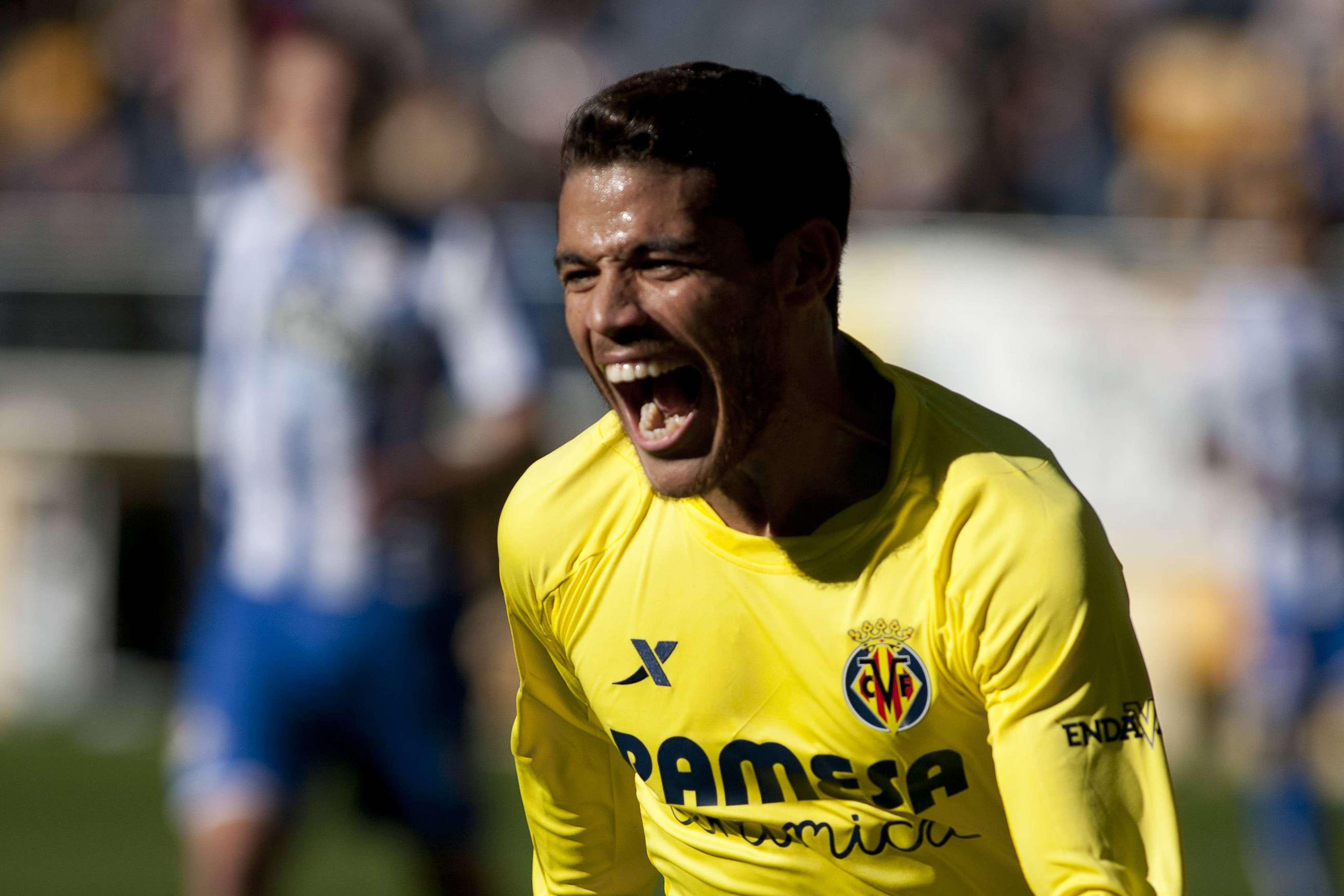 'Jona' festejó su gol con 'Gio'. Foto: Mexsport