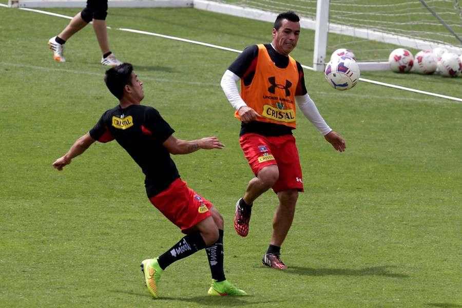 Paredes y Suazo se juntarán en Pedreros. Foto: Agencia UNO