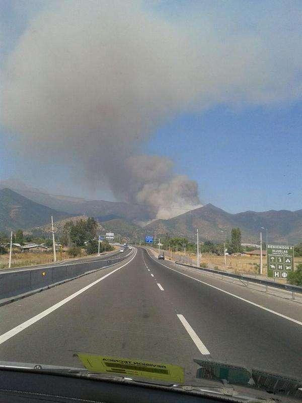 El último declarado es en el sector de Hijuelas. Foto: Twitter @chilewildfires