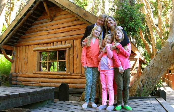La reina Máxima junto a su familia en el Bosque de Arrayanes, en la Patagonia Argentina. Foto: AFP en español