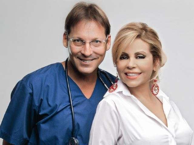Tomás Borda Dr. TV y Gisela Valcárcel. Foto: Revista Gisela