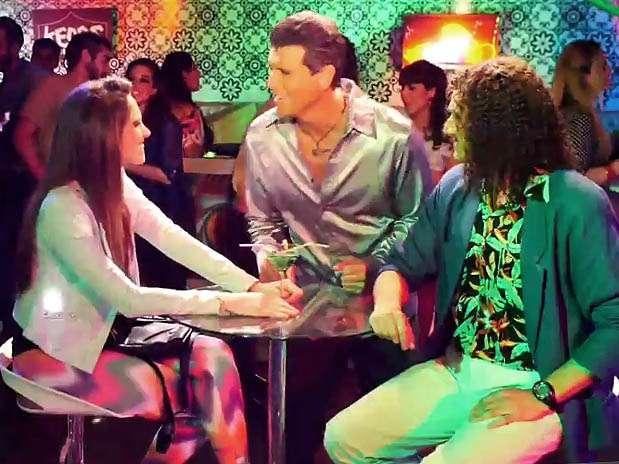 """Emilia Drago, Christian Meier y Carlos Alcántara en el rodaje de """"Asu Mare 2"""". Foto: Captura de video"""