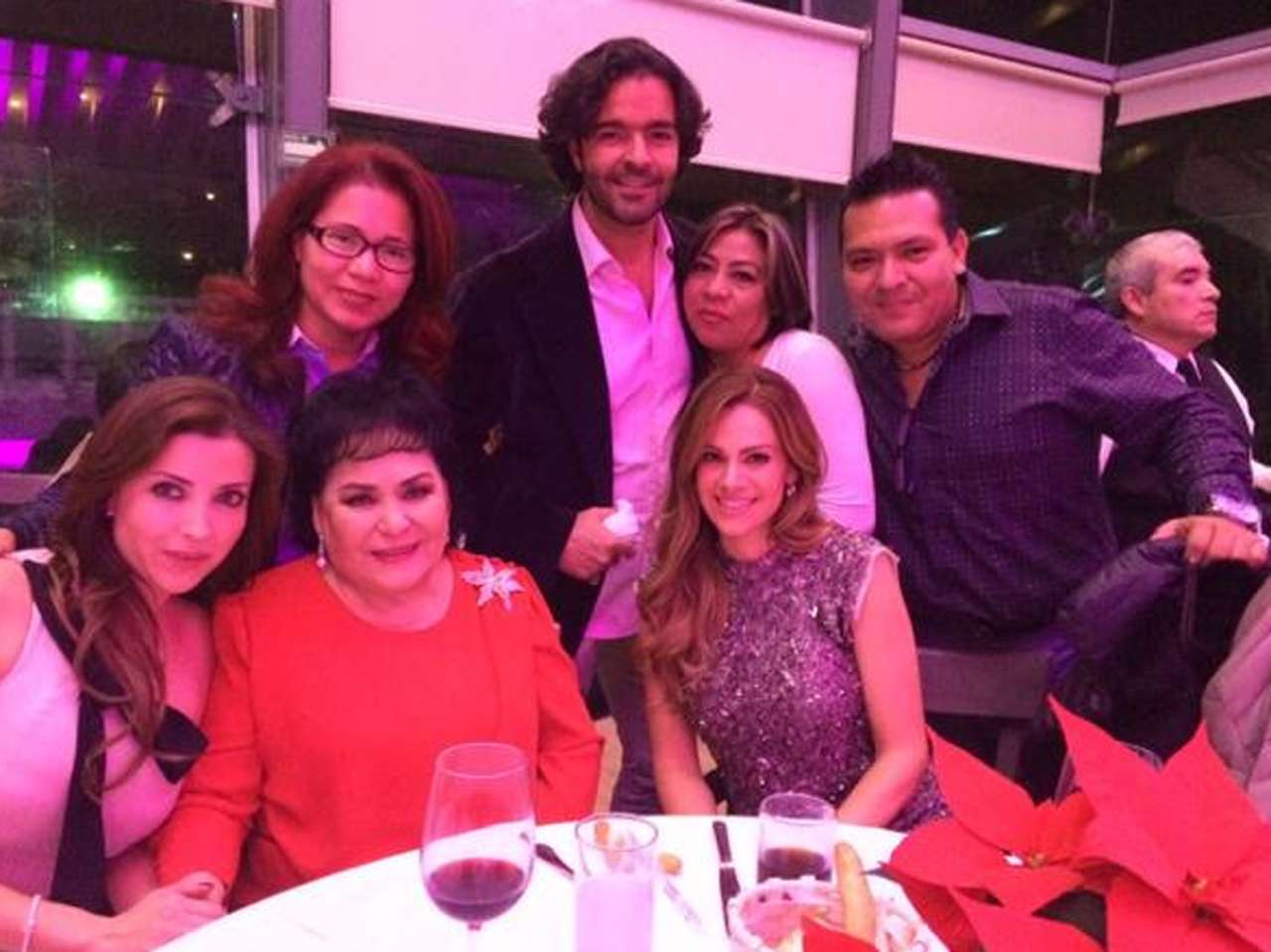 Pablo Montero y la esposa de Juan Osorio estuvieron en el festejo. Foto: Twitter/@LuzElenaGlez