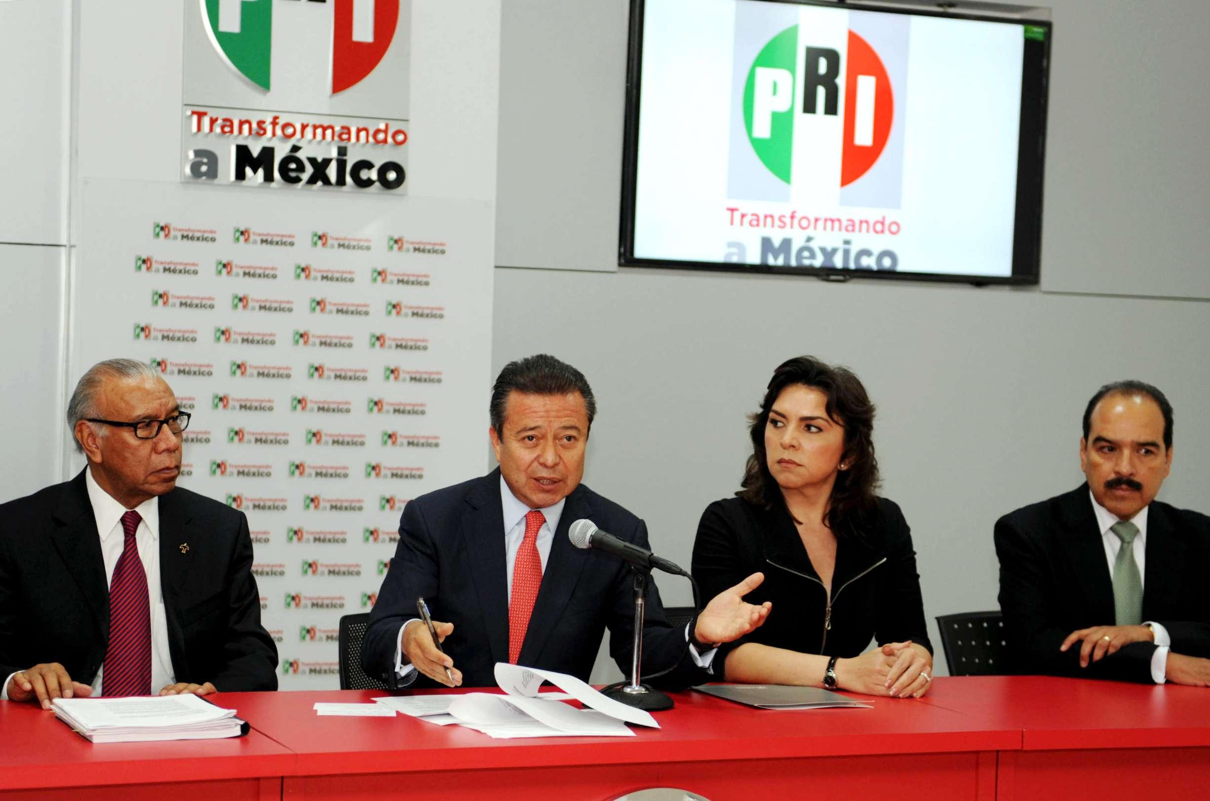 Un buen resultado sólo lo pueden ofrecer las personas con una conducta personal respetable: César Camacho, dirigente nacional del PRI. Foto: Notimex/Notimex