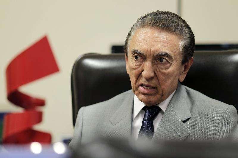 Ministro de Minas e Energia, Edison Lobão. Foto: Ueslei Marcelino (BRAZIL - Tags: POLITICS BUSINESS ENERGY) - RTR3CHK7/Reuters