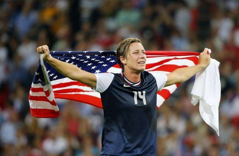 Abby Wambach of the U.S. celebrates after winning their women's soccer final gold medal match against Japan at Wembley Stadium during the London 2012 Olympic Games August 9, 2012. Foto: Mike Blake/Reuters