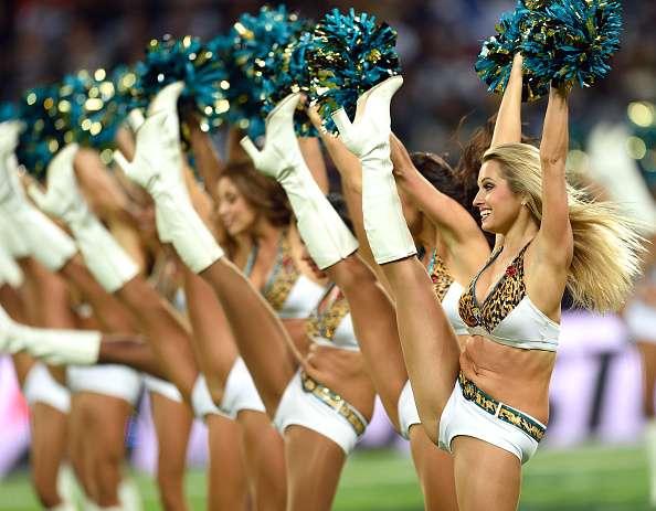 Muchas porristas de la NFL cobran sólo de $500 a $ 700 dólares por temporada. Foto: Getty Images