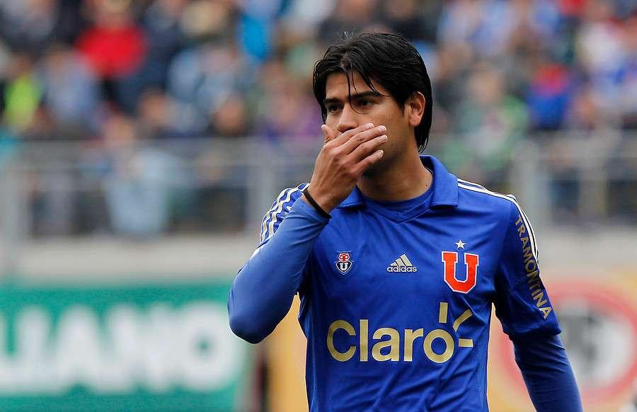 Enzo Gutiérrez no quiso vestirse de rojo. Foto: Agencia UNO