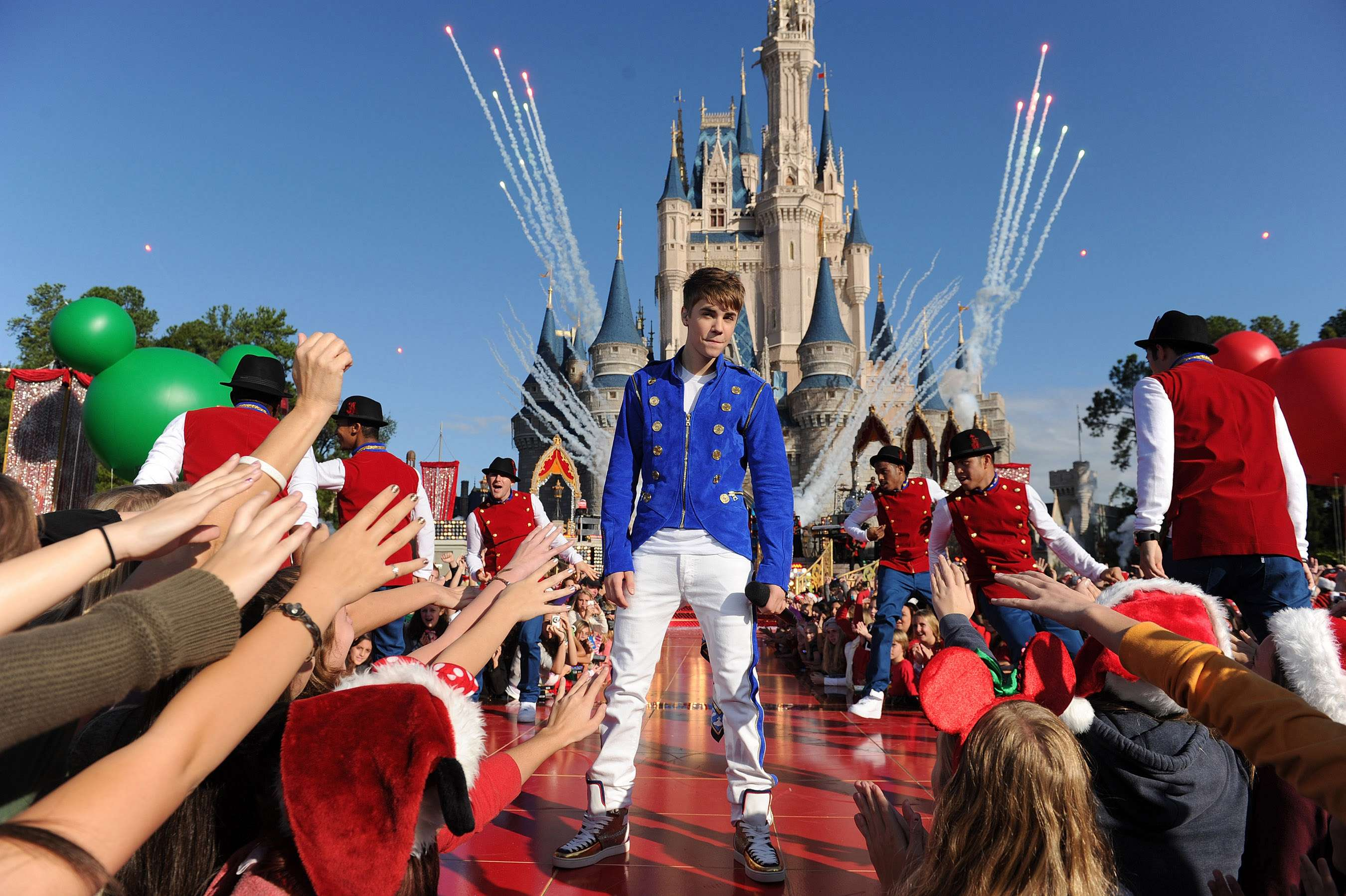 Justin Bieber sacó un álbum navideño llamado 'Under The Mistletoe'. Foto: Getty Images