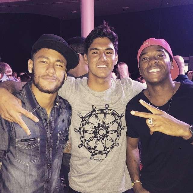 Neymar, Medina e Robinho se encontraram antes do Natal Foto: Instagram/Reprodução