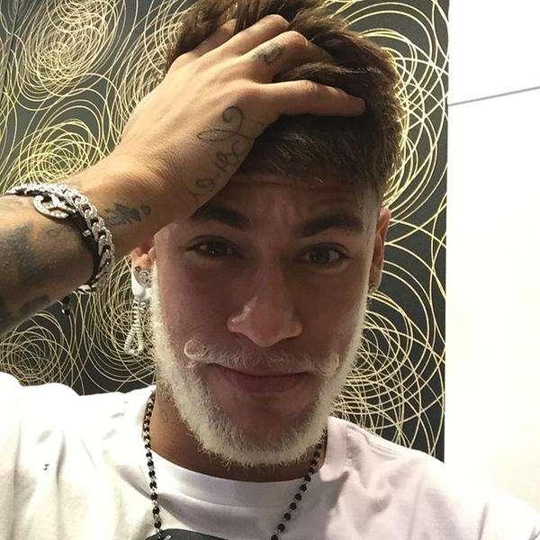 Neymar cambió nuevamente de look. Foto: Twitter Neymar