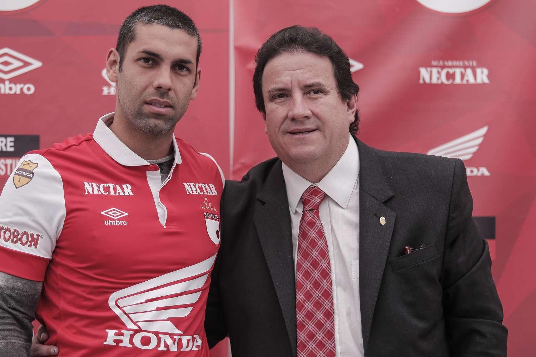 Razzotti llegó en julio de 2014 y jugó poco en Santa Fe. Foto: Terra Colombia