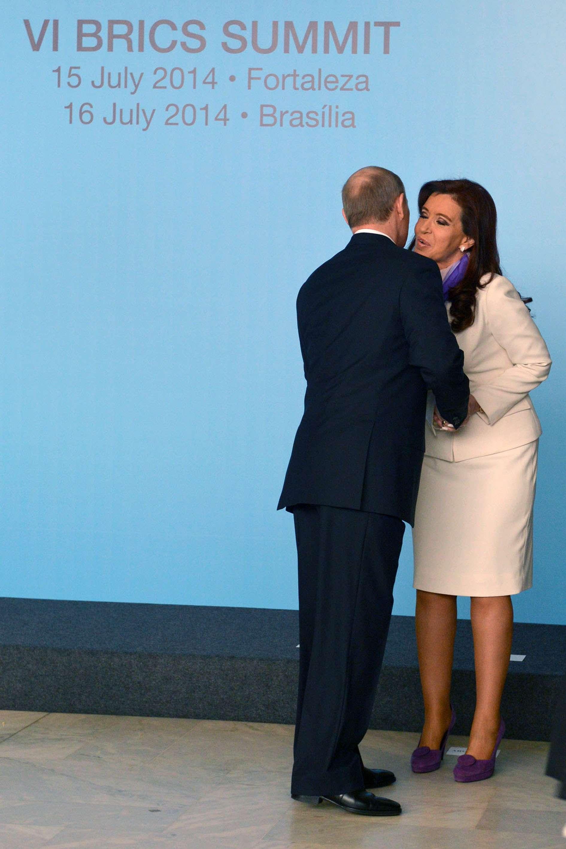 Estrecha relación entre Cristina Fernández y Vladimir Putin. Foto: NA
