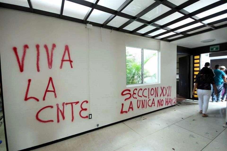 Quita FONE manejo de salarios a sección 22. Administrarán Hacienda y SEP más de 17 mil mdp de pagos en Oaxaca. Foto: Archivo/Reforma