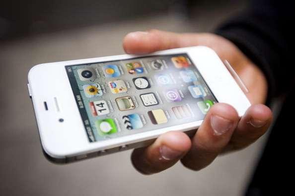 Esto no lo previeron el Che Guevara ni Steve Jobs: a partir de hoy podrán ser exportados a Cuba teléfonos celulares. Foto: Getty Images