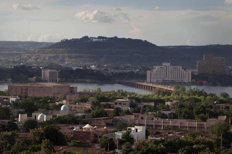Vista general de la capital de Malí, Bamako. Imagen de archivo, 20 septiembre, 2012. Myanmar, Haití y Mali fueron catalogados entre los países menos transparentes en un índice global de datos gubernamentales publicado el martes, que arrojó que la mayoría de los gobiernos no ponen datos oficiales a disposición abierta del público. Foto: Joe Penney/Reuters