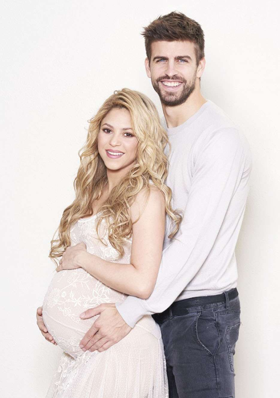Shakira e Piqué aparecem juntos em ensaio Foto: The Grosby Group