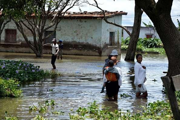 Las fuertes lluvias y las consiguientes inundaciones registradas en el sur de África durante los últimos días también han causado la muerte de al menos 84 personas en Mozambique y de más de 200 en Malaui Foto: Getty Images