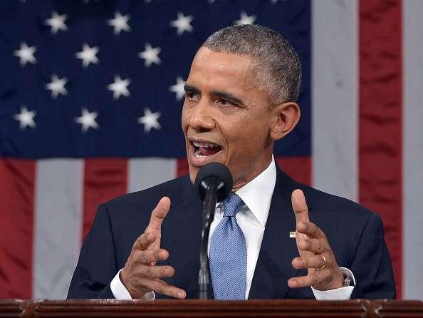 """""""Nuestro cambio en la política hacia Cuba () respalda los valores democráticos y extiende la mano de la amistad al pueblo cubano"""", sostuvo Obama Foto: Mandel Ngan-Pool/Getty Images"""